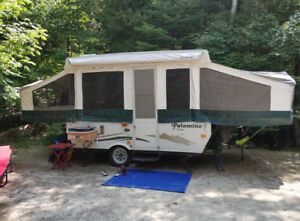 Palamino P-series 2100 40th anniversary tent trailer 2009