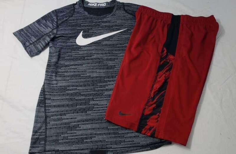 Nike Set Boys Size Large L Shirt Shorts Red Black White Stripe Gray Top