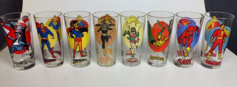 Lot 8 Vintage 1976 Pepsi Super Hero glasses 16oz Supergirl Penguin Batgirl Flash