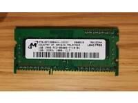 Micron MT8JSF12864HZ-1G1D1 (1GB DDR3 PC3-8500S 1066MHz SO DIMM 204-pin) RAM