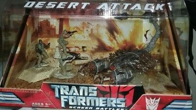 DELUXE SCORPONOK Transformers Movie DESERT ATTACK SCREEN SCENE WITH SOLDIERS](Transformers Scene)