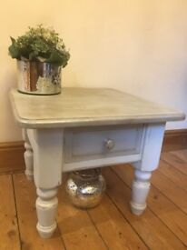 Coffee table - Solid Pine - Shabby Chic