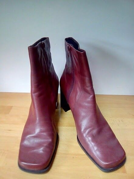 Red leather ankle boots size 7