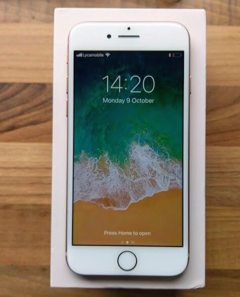 APPLE IPHONE 8 (GOLD) 64GB - UNLOCKED TO ALL NETWORKS - APPLE WARRANTY OCT 2018 -