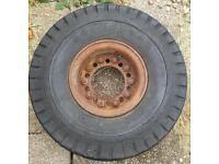 "7.50 10"" GOOD YEAR Forklift tyre with split rim and plenty of tread left"