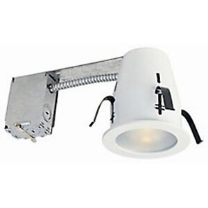 Outdoor Soffit Lighting Kit 5-Pack - Bulbs included - Never Used