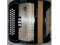 Hohner Gaelic Ivs Black (rare pearl basses) Accordion