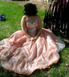 Size 14 beautiful grad dress