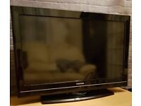 Toshiba 32 Inch Freeview HD Ready LCD TV - brilliant condition