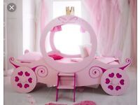 Pink princess carriage single bed