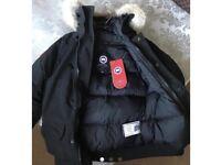 Men's Canada goose coat brand new medium