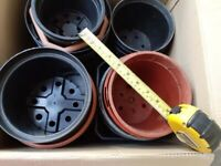Plant pots - box of about 20 plastic pots in larger sizes - FREE