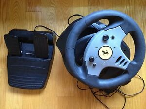 Racing Wheel --- Ferrari --- Thrustmaster PS3