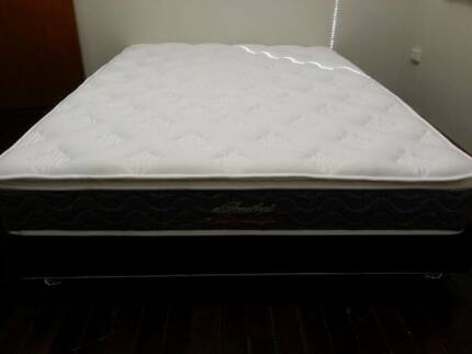 Queen Size Pillowtop Mattress
