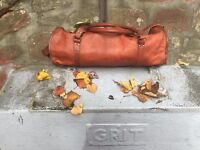 Large Brown Leather Holdall/Travel Bag - Brand new, bargain!