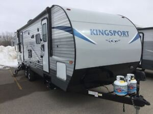 New 2019 Gulf Stream Kingsport 276BHS Travel Trailer