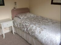Single room for Monday to Friday let £350pm