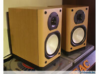 ONKYO DN9BX HIFI SPEAKERS AND SPIKED GLASS STANDS