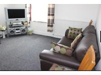 2 BEDROOMS FIRST FLOOR FLAT IN MANOR PARK¦5 MINS WALKING DISTANCE FROM MANOR PARK STATION
