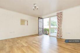 2 bedroom flat in Piershill Terrace, Edinburgh, EH8 (2 bed)