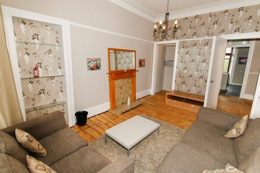 CLARKSTON - Clarkston Road - One Bed. Part Furnished