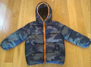 Boys Winter Puffer Style Coat/Jacket (Size 5) *Like New!*
