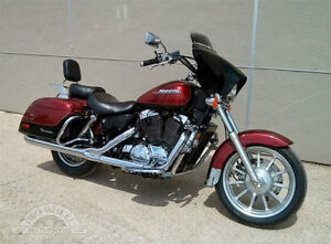 Looking for a vt1100 tourer exhaust and Hard bags London Ontario image 2