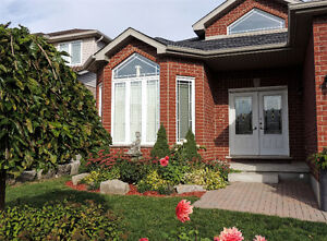 LACKNER WOODS-ALL BRICK SPACIOUS BUNGALOW-FINISHED TOP-BOTTOM Kitchener / Waterloo Kitchener Area image 2
