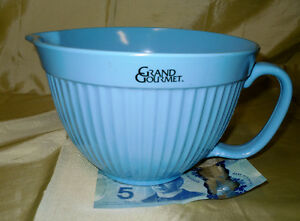 Grand Gourmet large Batter Bowl