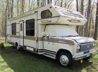 26' Travelaire Motor Home