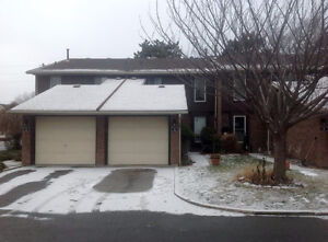 Townhouse Complex! Northend St Catharines