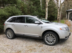 2012 Lincoln MKX 4 Door AWD SUV, Crossover
