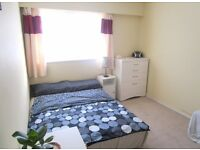 Double room to rent in Crawley £530PM Bills included