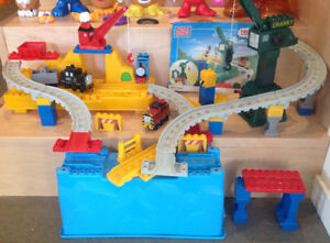 Jouets THOMAS LE TRAIN