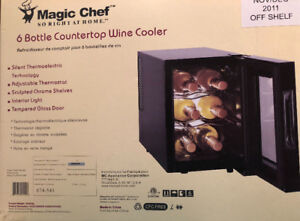 Price reuced! 6 Bottle Countertop Wine Cooler - Magic Chef