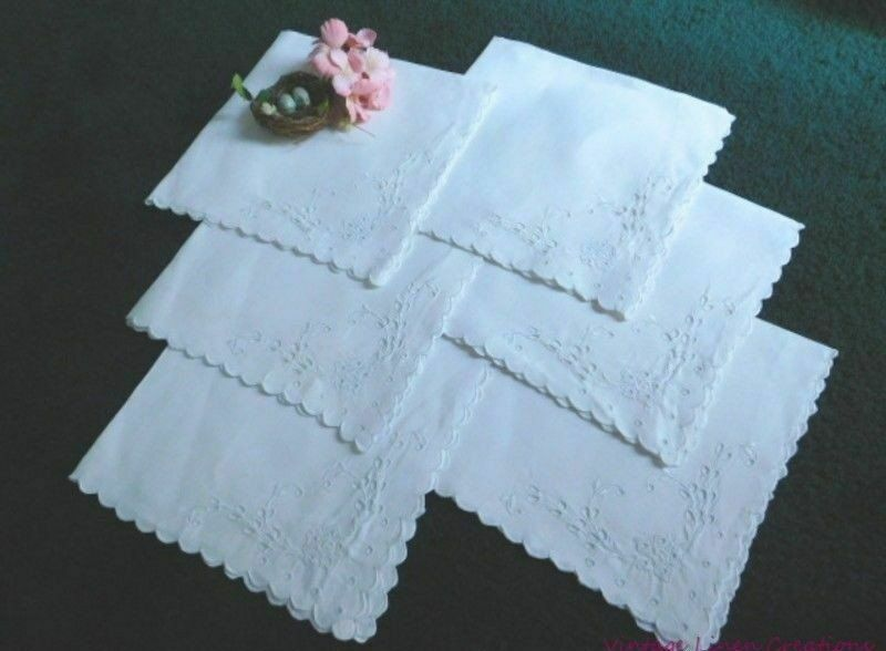 ROMANTIC Antique LINEN BRODERIE ANGLAISE Embroidery & Cutwork 6 VINTAGE NAPKINS