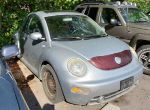 2003 Volkswagen Beetle - Automatic with Sunroof - Only 150 kms!