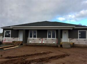 ANDOVER COURT, RIVERVIEW - NEW CONSTRUCTION - OPEN CONCEPT