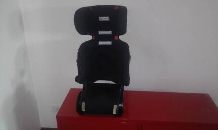 Infasecure Children's Car-seat in great condition
