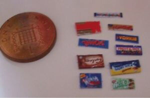 Miniature-1-24th-scale-modern-chocolate-bars-x-10-for-your-dolls-house-J16