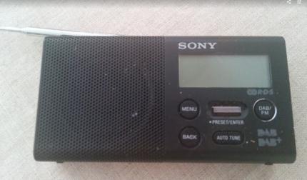 Sony DAB+ Portable Digital Radio (exc cond)