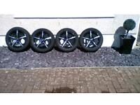 15 inch Fox Racing alloy wheels