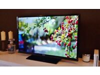 "40"" BUSH FULL HD SMART LED TV BUILT IN FREEVIEW REMOTE CONTROL ATTACHED STAND WITH FREE DELIVERY."