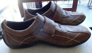LIKE NEW / 8M Mens DONALD PLINER Casual Shoes Loafers / Made in ITALY /  Real Leather Brown EXCELLENT CONDITION