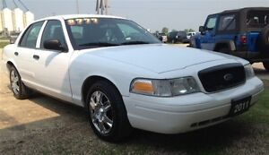 2011 Ford Crown Victoria Police Interceptor w/3.27 Axle