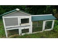 Rabbit or small animal hutch with run