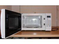 Cookworks 700W Standard Microwave EM7 Spares or Repair