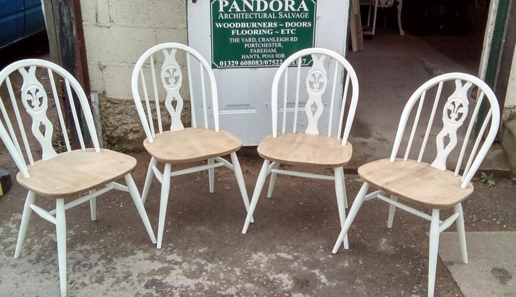 4 Ercol Windsor Chairs Fleur De Lys