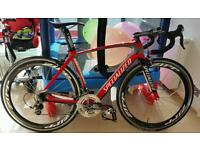 ZIPP 404 CARBON CLINCH WHEELS SUB 100 MILES COST £2300 SELL £750 COLLECT MY PROPERTY or STATION
