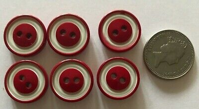Vintage Red and White Buttons 40s/50s (B22)